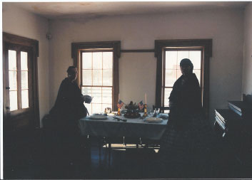 Two interpreters at the Sanford House.