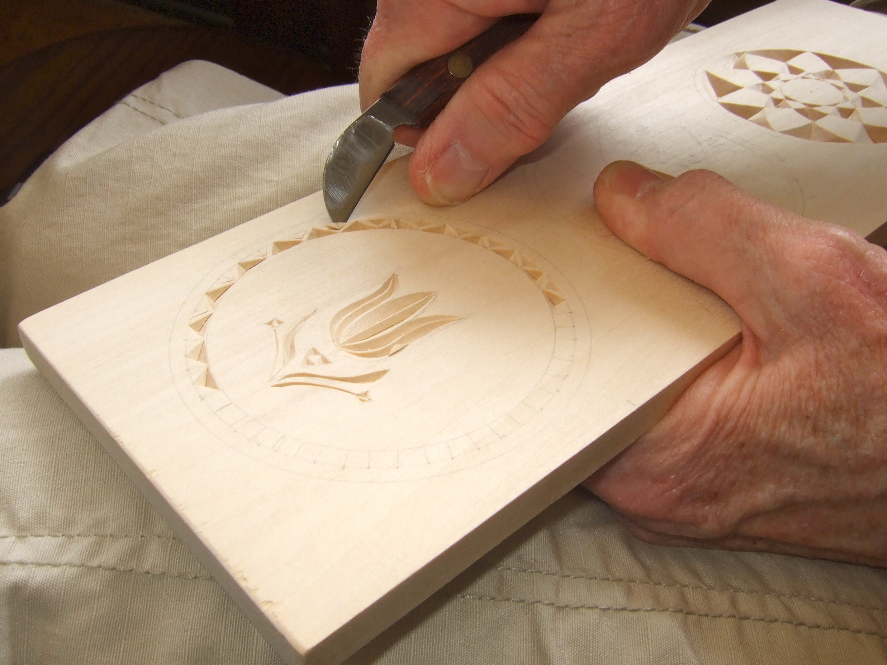 Best Wood Chip Carving : One of the things many carvers like about this style is that